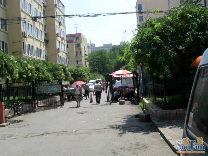 城展览路北露园10号楼 68平米简单装修2室1厅1卫,北京西城展览路高清图片