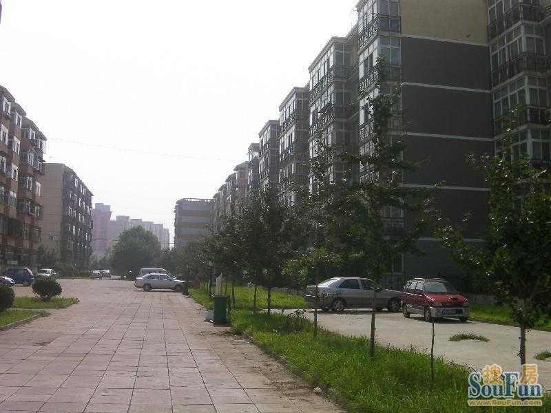 上潞园的相册 上潞园小区楼房图 效果图 户型设计图 建筑高清图片