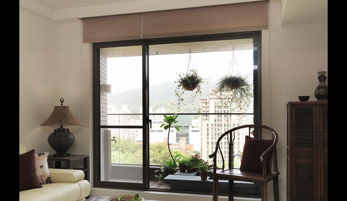 客厅大玻璃落地窗装修效果图大全