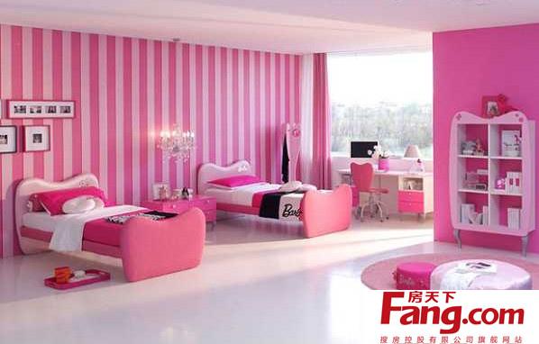 粉色壁纸配什么颜色窗帘