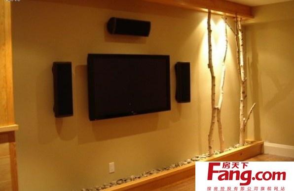树枝装饰电视背景墙,灯光的设计起到点睛作用.