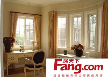 卧室窗帘的清洁与保养