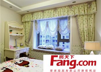 卧室窗帘怎么安装