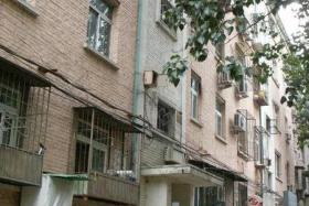 个人出租7号线广渠门内地铁站旁的单间公寓无月付(个人)