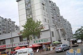 荣昌花园4号楼5单元