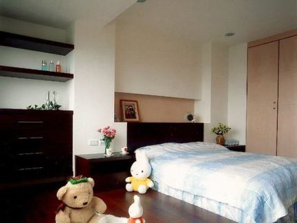 最新美式风小复式卧室装修效果图片