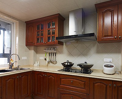 美式4平米厨房橱柜装修