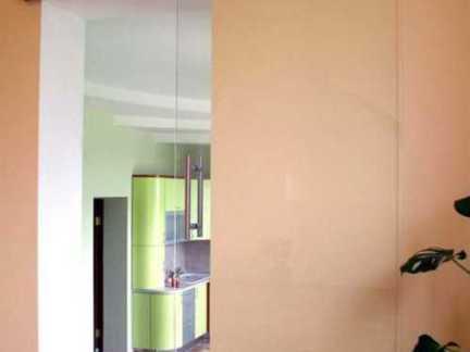 透明厨房玻璃推拉门图