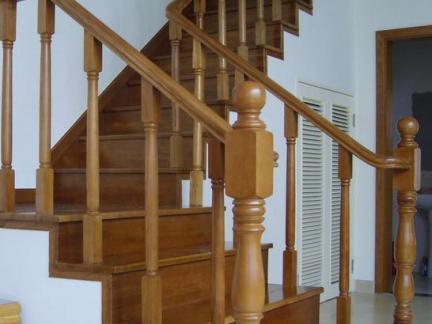 复式室内实木楼梯图片图片