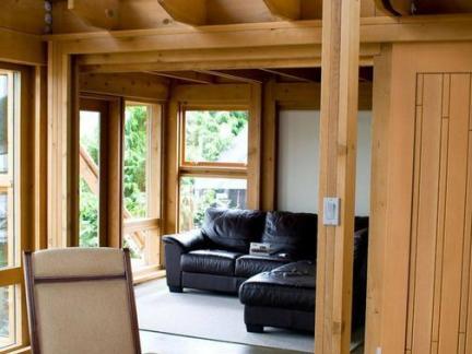 木结构房屋室内家居图片