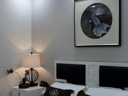 新中式黑色风格卧室装饰画效果图