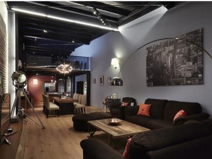 70平米单身公寓混搭装修设计