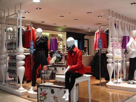 女装服装店设计效果图案例