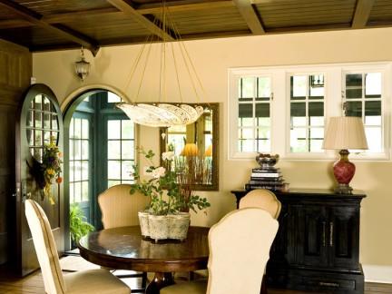 美式餐厅绿可木吊顶装修效果图