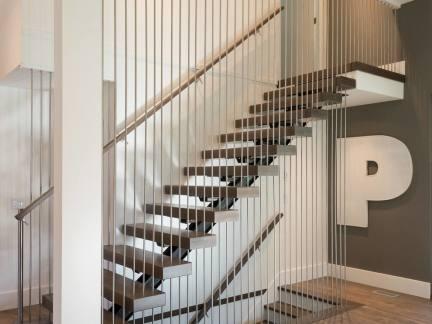 2017不锈钢楼梯扶手效果图 房天下装修效果图