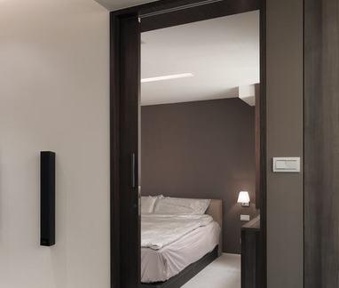 现代室内套装门装饰效果图