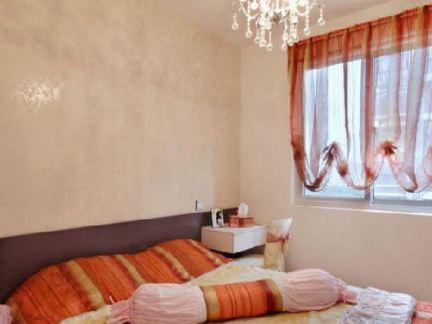 粉色温馨女生卧室装修图片