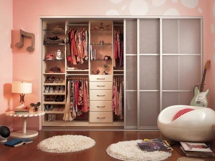 卧室壁柜设计效果图