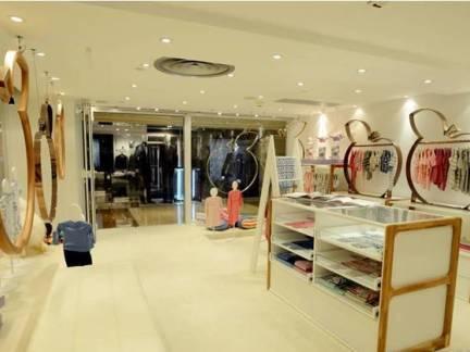 女装专卖店设计