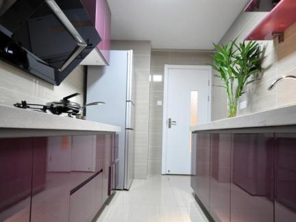 现代烤漆橱柜厨房展示