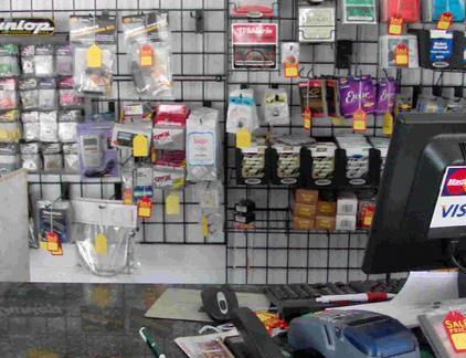 电脑店收银台图片