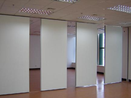 办公室内活动隔墙效果图