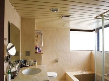 室内装修样板房卫生间效果图