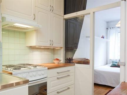 简约风格厨房卧室隔断门设计效果图
