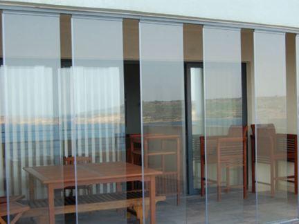 阳光房无框玻璃门装修效果图
