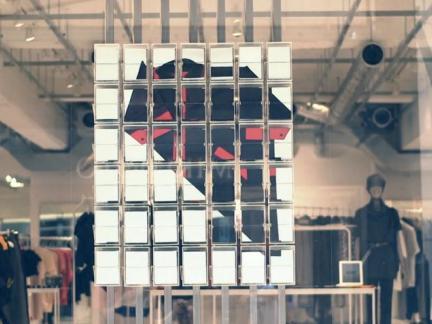 2017服装橱窗手绘图-房天下装修效果图