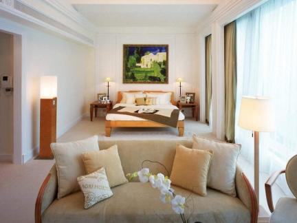 120平米客厅卧室一体装修图