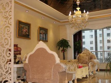 欧式客厅水晶吊灯效果图