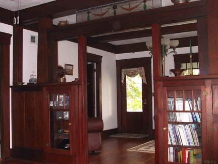 木制旧房子图片