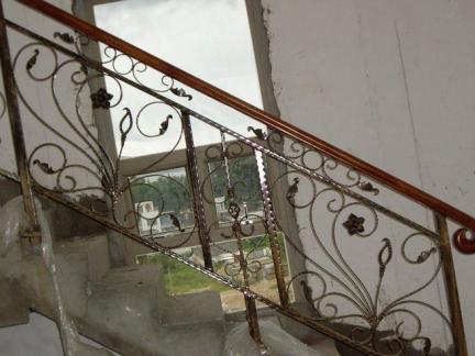 家庭金属楼梯图片
