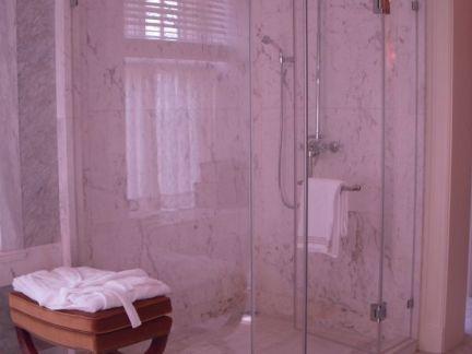 美式卫生间淋浴房效果图2015