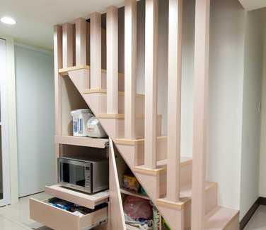 家庭设计楼梯隔断效果图