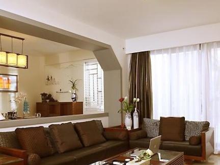 简中式不吊顶的客厅装修图