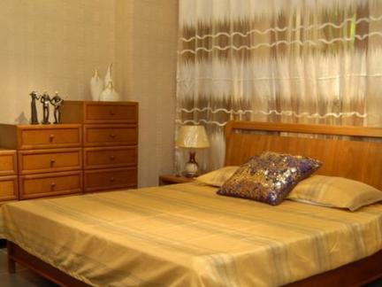 实木板式家具卧室图片