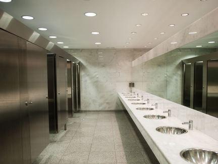现代简装公共厕所设计图片