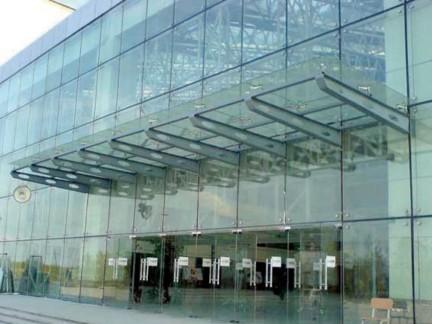 大楼轻钢玻璃雨棚装修效果图