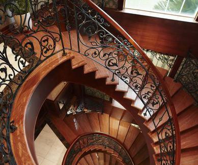 欧式古典旋转楼梯装饰效果图图片