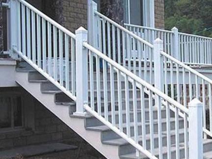 2017榉木楼梯扶手 房天下装修效果图