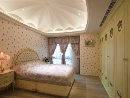 欧式宫廷风卧室装修