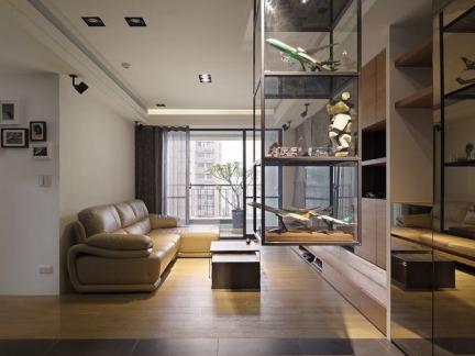 现代家居玻璃展示柜装修