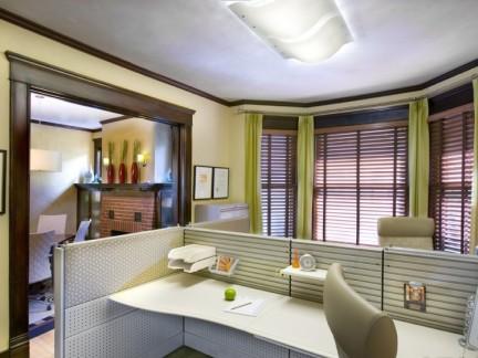 办公室布艺窗帘图片
