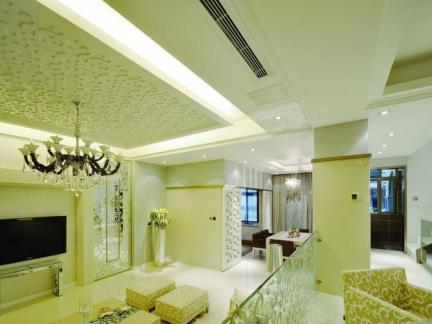 现代跃层式住宅客厅设计图片
