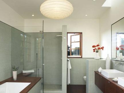 日式家庭设计卫生间效果图