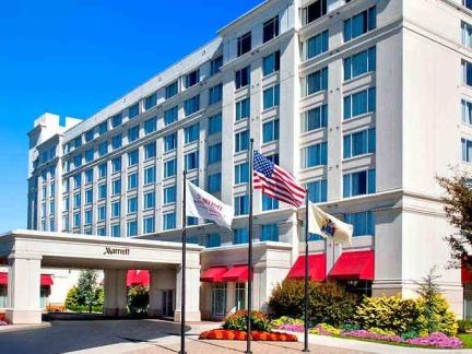 万豪酒店豪华建筑门头设计