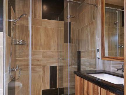 美式设计3平米卫生间装修图片