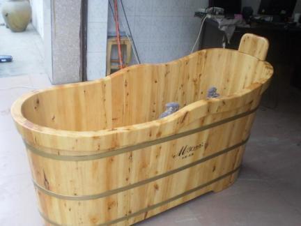 木浴缸桶图片